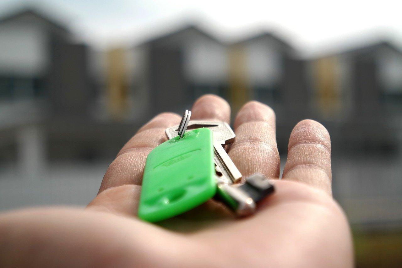 Wie mag na de echtscheiding in de huurwoning blijven wonen?